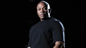 """Dr. Dre Pays Tribute To J Dilla On """"The Pharmacy With Dr. Dre"""" Beats 1 Radio Show"""