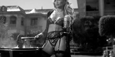 Jennifer Lopez – Dinero ft. DJ Khaled, Cardi B