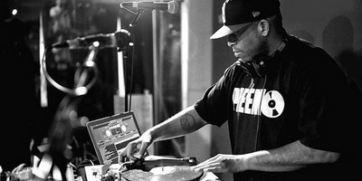 DJ Premier Shares Story Of Photo With J. Dilla, D'Angelo & Alchemist